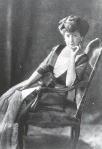 Adelia Harilaos de Olmos