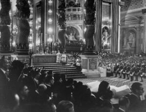 Canonização_Me_Cabrini_1946_Pio_XII